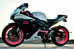 2011 Suzuki GSX-R600 Sportbike , white/black/pink, 6,848 miles for sale in west chester, PA