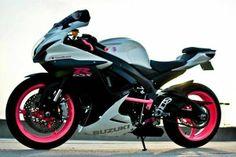 2011 Suzuki GSX-R600 Sportbike , white/black/pink, 6,848 miles for sale in west chester, PA