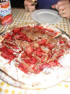 """A nutella & strawberry """"dessert"""" pizza in Tel Aviv. Dessert Pizza, Dessert Bars, Strawberry Desserts, Holy Land, Tel Aviv, Nutella, Holi, Israel, Breakfast"""
