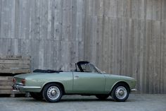 1965 Alfa Romeo Giulia GTC | I4, 1,570 cm³ | 106 PS | Coachwork: Carrozzeria Touring