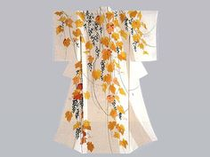 Such a beautiful and modern kimono of cascading flowers. Japanese Fabric, Japanese Prints, Japanese Design, Japanese Kimono, Japanese Textiles, Traditioneller Kimono, Kimono Fabric, Kimono Style, Traditional Kimono