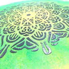 Wieder gibt es eine neue Bastelidee. Schaut rein und holt euch die gratis Anleitung für dieses sommerliche Mandala Bild! Summer, Handarbeit, Tutorials, Timber Wood, Pattern, Basteln