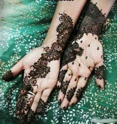 Mehndi Design for Two Hands