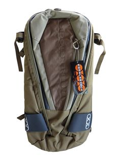 Eberlestock Cherry Bomb Pack *** Find out more details by clicking the image : Outdoor backpacks Best Hiking Backpacks, Hiking Essentials, Outdoor Backpacks, Camping And Hiking, Happy Campers, Cool Items, Sling Backpack, Backpacking Packs, Pin Image