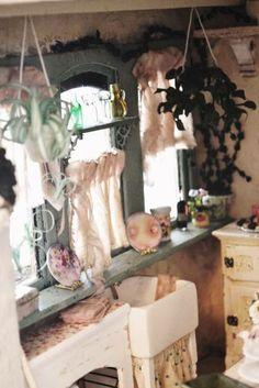 window sill - WyckedWood Beacon Hill~The Sea Hag~ - Gallery - The Greenleaf Miniature Community
