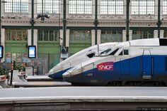 Trens na estação ferroviária de Lyon, na França.