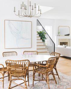 When all the stars align #melissalenoxdesign #diningroom #interiordesign #interiordecor #diningtable #MyHouseBeautiful #interiorinspo…