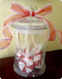 Simply Living : Peppermint Lollipops