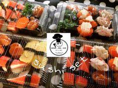 Sushi set by Khong Kha Nom   #sushi #sushibox #box #homemade #japan #japanfood #food #khongkhanom #thailand