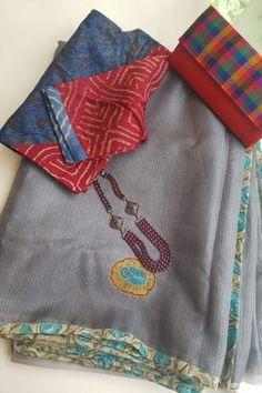 Saree Blouse Neck Designs, Fancy Blouse Designs, Blouse Patterns, Saree Dress, Sari Blouse, Soft Silk Sarees, Cotton Saree, Hand Work Blouse Design, Blouse Models