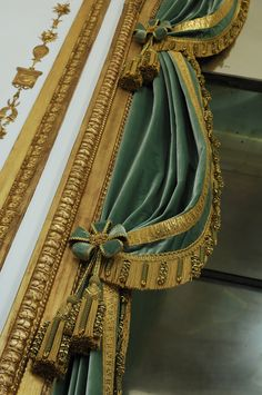 Versailles, Dining Room Drapes, Outdoor Wall Fountains, Flower Room Decor, Home Curtains, Faux Painting, Passementerie, Green Rooms, Curtain Designs