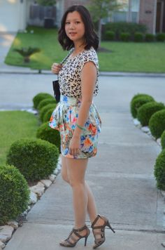 Love the mix of prints in this picture!