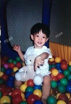 Jinyoung, Baby Lollipops, First Boyfriend, Future Photos, Guan Lin, Cute Faces, Boyfriend Material, Photo Cards, Pretty Boys