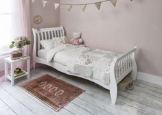 LAUREN WOODEN SINGLE 3FT SLEIGH BED WHITE This pretty Sleigh Single Bed Frame is perfect for a modern child's bedroom. This white solid pine bed has solid wooden slats and comes packed flat for easy home assembly The Sale is for the bed frame only - no bedding, pillows or mattress included. Self-assembly is required.Priced at just £144.99 from http://www.lakeland-furniture.co.uk/lauren-wood-bed-single-white.html