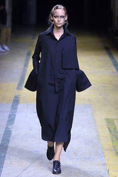 Yohji Yamamoto - Spring 2006 Ready-to-Wear