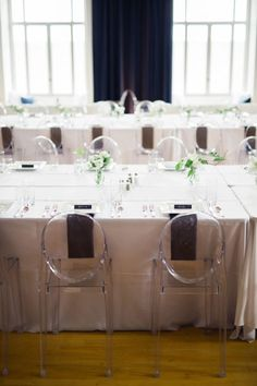 Simple Modern White Wedding | Photographer: Josh McCullock Photography | Planner: Gibson Events | Decor/Rentals: Marianne's Rentals Special Events Solutions | Florist: Poppy Lane Design | Venue: Colcord Hotel, Renaissance Waterford Oklahoma City Hotel | #bridesofok #weddings #tabletops
