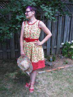 Sew Retro: Strawberry Sorbetto Dress