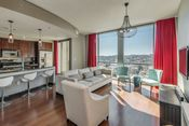 Amazing Condo in The Adelicia of Downtown Nashville. Listed by Dick & Judy Williams : Photography by Garrett Buell of Showcase Photographers Nashville Tours, Urban Fashion, Condo, Curtains, Urban Style, Photographers, Amazing, Home Decor, City Style