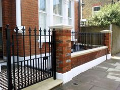 50 Gorgeous Fence Design Ideas Will Beautify Your House Victorian Front Garden, Victorian Gardens, Victorian Terrace, Garden Railings, Gates And Railings, Iron Railings, Front Garden Path, Front Path, Front Entry