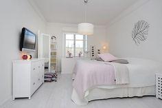 Minimalist Apartment Design in Stockholm with Unique Details White Bedroom Design, Minimalist Apartment, Dream Decor, Apartment Design, Small Apartments, Home Bedroom, Master Bedroom, Living Spaces, Interior Design