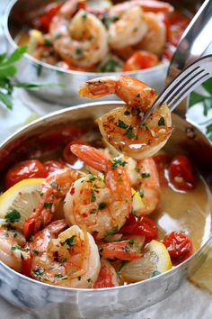 Nadire Atas on Shellfish Dishes From Around The World Drunken Shrimp Scampi- These buttery, garlicky, drunken shrimp took a nice long bath in some white wine. Fish Recipes, Seafood Recipes, Cooking Recipes, Healthy Recipes, Cheese Recipes, Meat Recipes, Salad Recipes, Baked Shrimp Recipes, Cooking Blogs