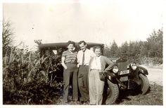 https://flic.kr/p/AFrY3E | Old Cars (1950) | P - 36165