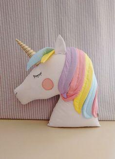 Almofada unicornio de tecido com molde para imprimir - Como Fazer