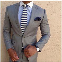 men suits casual -- Press Visit link above for more options Mens Attire, Mens Suits, Grey Suits, Suit Fashion, Mens Fashion, Chambelanes, Costume Gris, Herren Outfit, Suit And Tie