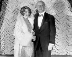 the roaring twenties era featured in the great gatsby F scott fitzgerald, great gatsby  fitzgerald had the good fortune—and the  misfortune—to be a writer who summed up an era  tags roaring 20s writers .