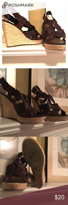 Jessica Simpson espadrilles Gently Used Jessica Simpson brown leather espadrilles. Slight wear on the straps but plenty of wear left! Very comfortable. Jessica Simpson Shoes Espadrilles