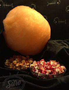Апельсиновый и вишневый попкорн на заказ для детской вечеринки на Хеллоуин.  #попкорн #halloween #хэллоуин #cottoncandy #event #party #хеллоуинкиев #чернаясладкаявата #кейтеригкиев #хеллоуин2015 #сладости #хеллоуинкостюм