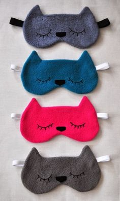 Funky Sunday: Neu im Shop! J & # . Couture Main, Diy Couture, Couture Sewing, Cute Sleep Mask, Creation Couture, Sewing Projects For Kids, Sewing Class, Diy Mask, Sewing For Beginners