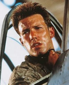 Ben Afleck in Pearl Harbor Casey Affleck, Young Ben Affleck, Jennifer Garner, Jennifer Lopez, Pearl Harbour Movie, Ben Afleck, Pearl Harbor, Actresses, Artists