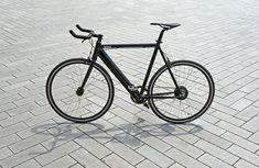 Das Coboc eCycle ist zweifelsohne eines der spannendsten Modelle auf dem stetig wachsenden Markt elektrisch unterstützter Fahrräder: Ein absolut puristisches Single-Speed Rad, dem man die elektrischen Komponenten kaum ansieht! Höchst erfreulich also, dass die Heidelberger dieses außergewöhnliche Pedelec für einen … Weiterlesen