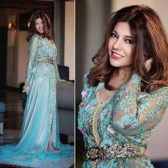 Un joli caftan marocain haute couture porté par la chanteuse marocaine Samira said المطربة المغربية سميرة سعيد بالقفطان المغربي