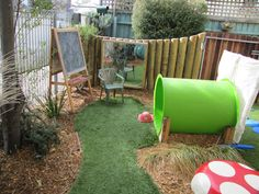 Garten und Kinder You are in the right place about small Outdoor Play Areas Here we offer you the mo Kids Outdoor Play, Outdoor Play Spaces, Backyard Play, Play Yard, Kids Play Area, Outdoor Learning, Backyard For Kids, Outdoor Fun, Children Play