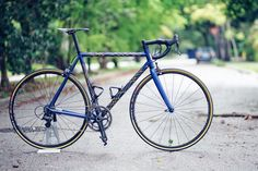 Pegoretti framesets are to die for and William Gil s gorgeous Responsorium  Conic Blue road bike seen on saadl is absolutely amazing! 5adb738c72
