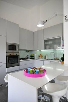 Private Residence in Vilamoura : Modern kitchen by Leonor Moreira Romba - Arquitecturas