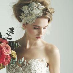 世界最旬ウエディングドレスJUNO(ジュノ) 福岡・熊本 Bridal Hair Up, Bridal Crown, Headpiece Wedding, Bridal Headpieces, Wedding Veils, Fascinators, Vintage Wedding Hair, Wedding Hair Flowers, Flowers In Hair