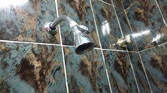 Limpar o chuveiro é uma tarefa que nenhuma dona de casa gosta de fazer. De todos os lugares de uma casa, o chuveiro é o mais difícil de limpar ou melhor era