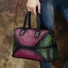 97.99$  Watch now - http://ali343.worldwells.pw/go.php?t=32766537524 - Luxury Handmade Genuine Leather Women Handbags High Quality Panelled Studded Crossbody Bag for Women Vintage Shoulder Bag 97.99$