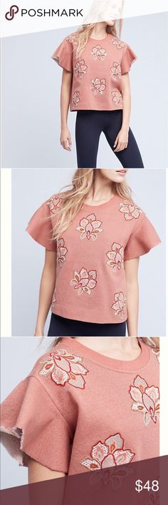 ❤️Anthropologie Chloe Oliver Embroidered Top❤️ New with tags. Size small. Bust measurement is 22 inches across. And length is 23 inches down. Anthropologie Tops Crop Tops
