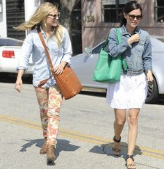 Kristen Bell and Rachel Bilson's Matching Bags From Coach's Legacy Collection - sigh, love those. And wouldn't mind Rachel's sandals either.