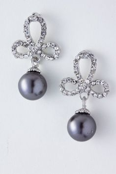 I love black pearls and diamonds