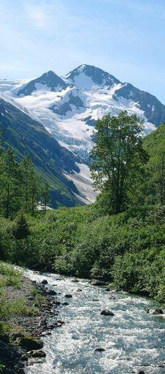 Alaska's Byron Glacier Trail