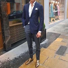 Because we've got the most Stylish Wedding Suit Styles For Nigerian Men which you could choose from the best naija men wedding suits styles of Men's Suits, Cool Suits, Classy Wear, Classy Suits, Wedding Suit Styles, Best Suits For Men, Suit Combinations, Blue Suit Men, Beautiful Suit