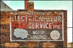 MOTOR WINDING ~ Saint Joseph, Missouri USA ~ Copyright ©2013 Bob Travaglione ~ ALL RIGHTS RESERVED ~ www.FoToEdge.com