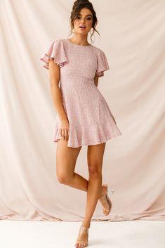 Order the Isabelle Angel Sleeve Empire Dress Blush only at Selfie Leslie! Blush Dresses, Sexy Dresses, Casual Dresses, Short Dresses, Girls Dresses, Prom Dresses, Dresses For Work, Summer Dresses, Formal Dresses