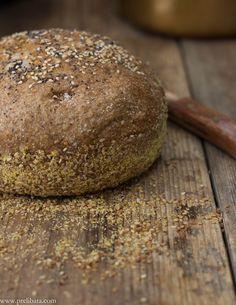 Un mese di lontananza, di ricerca e di crescita. Alla scoperta della ricetta perfetta o quasi, dal pane a ... il resto è tutto da scoprire.