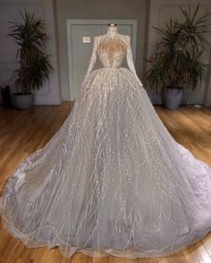 Ball Dresses, Ball Gowns, Evening Dresses, Pretty Quinceanera Dresses, Pretty Dresses, Cheap Wedding Dress, Dream Wedding Dresses, Gown Wedding, Designer Evening Gowns